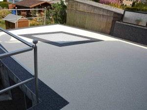 Steinteppiche mit Muster auf Terrasse oder Balkon