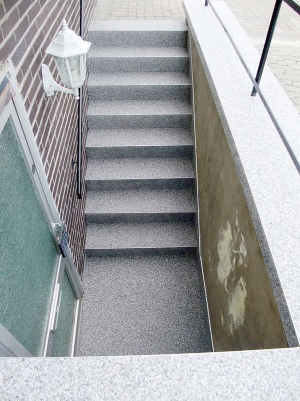 treppe-kellertreppe-steinteppich-bild-15