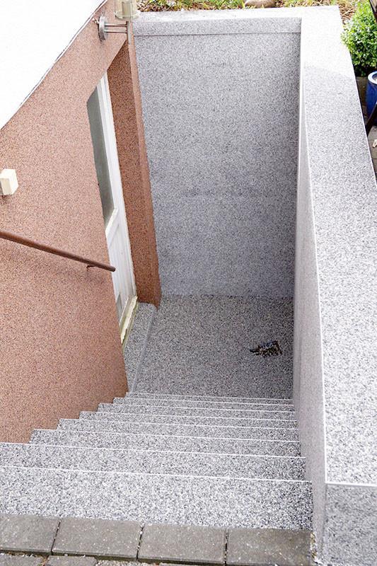 treppe-kellertreppe-steinteppich-bild-3