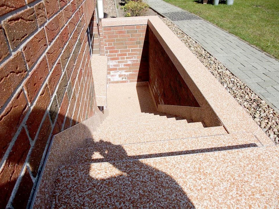 Steinteppich Aussenkellertreppe