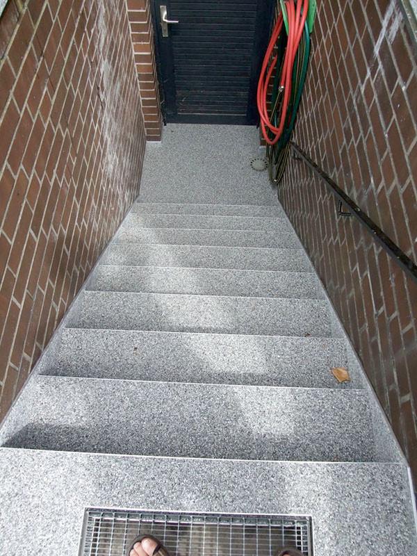 treppe-kellertreppe-steinteppich-bild-8