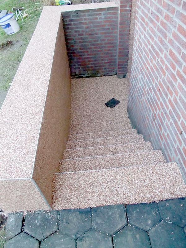 treppe-kellertreppe-steinteppich-bild-9