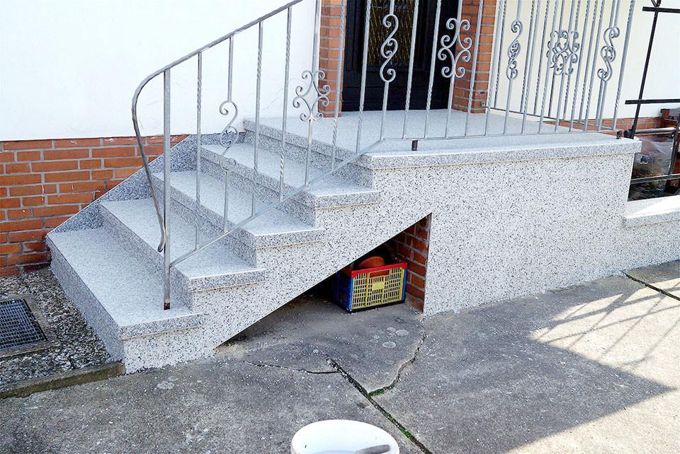 Treppensanierung Hauseingang