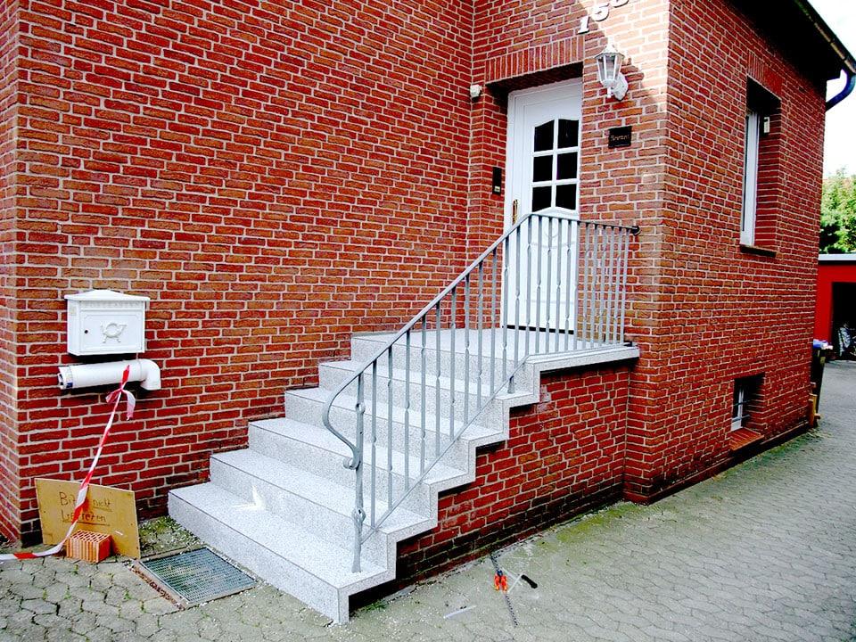 Eingangstreppensanierung-steinteppich